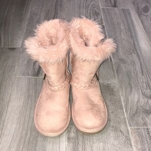 The Children's Place Pink Fur Lined Boots Size 13
